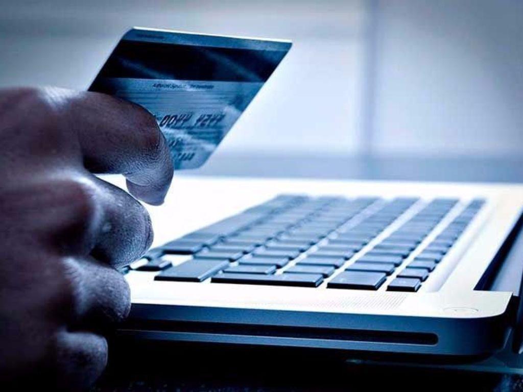 Argentinos consultan en las redes antes de comprar por la - Central de compras web opiniones ...