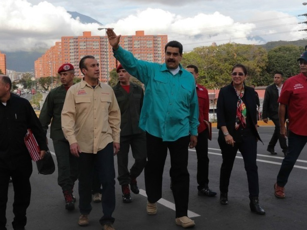 https://elsol-compress-release.s3-accelerate.amazonaws.com/images/large/1514464081662maduro.jpg
