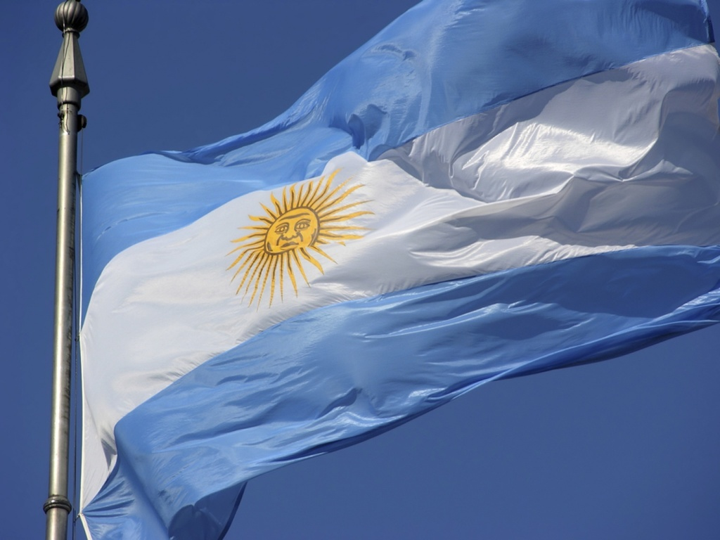 https://elsol-compress-release.s3-accelerate.amazonaws.com/images/large/1527703014331bandera%20argentina.jpg