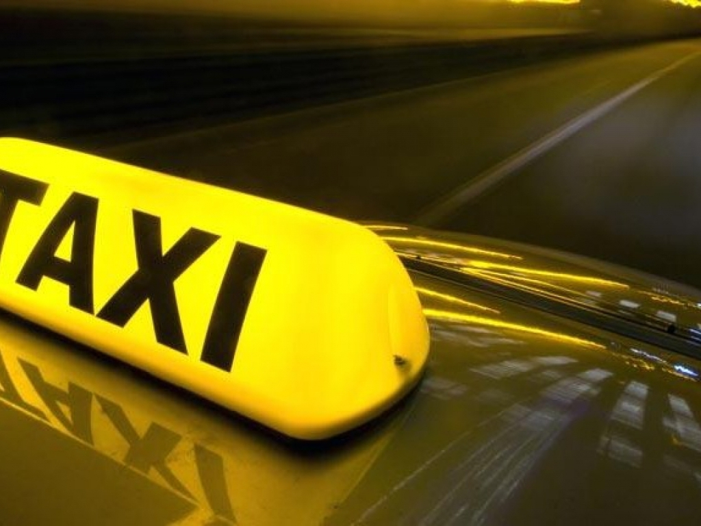 https://elsol-compress-release.s3-accelerate.amazonaws.com/images/large/1538571733710000667464-taxi-801x430.jpg