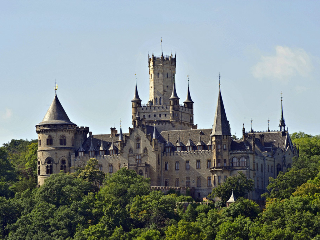 https://elsol-compress-release.s3-accelerate.amazonaws.com/images/large/1544007821940marienburg-schloss-1.jpg
