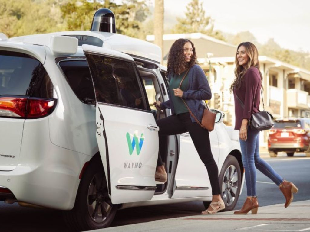 https://elsol-compress-release.s3-accelerate.amazonaws.com/images/large/1544099915134waymo%20one%20service.jpg