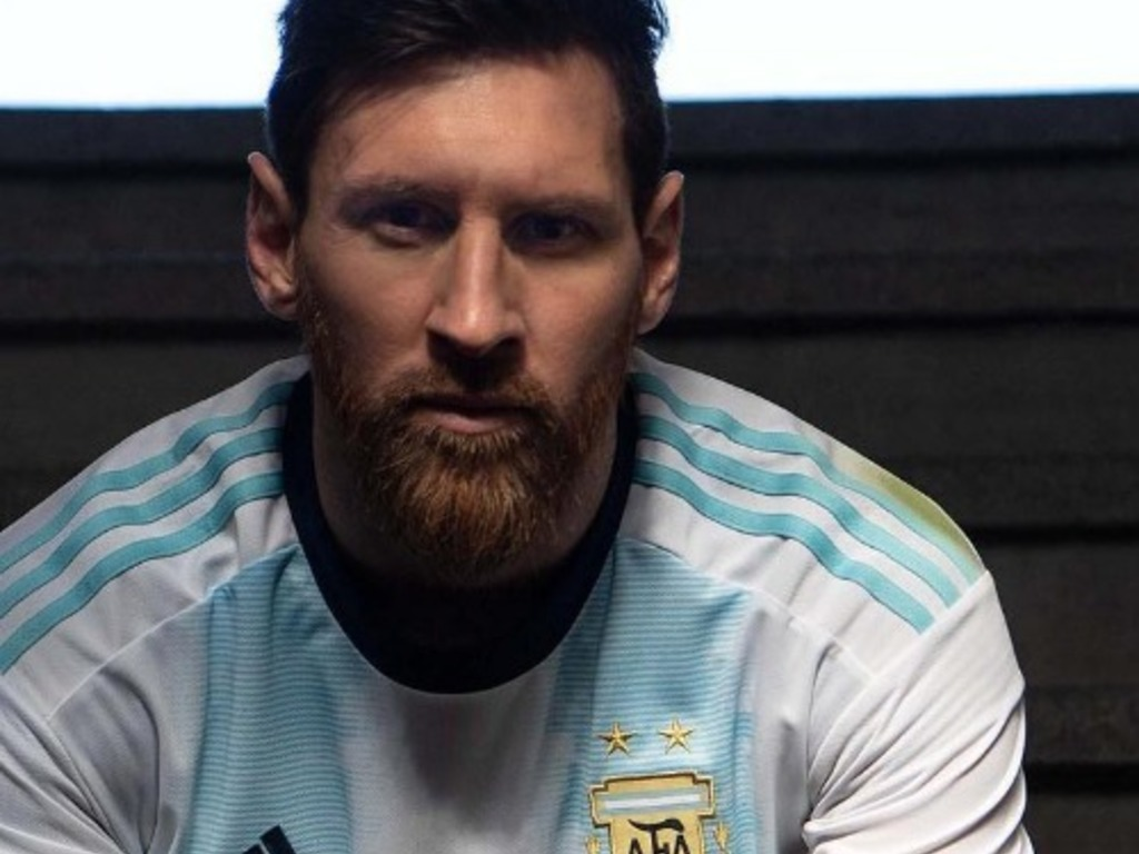 https://elsol-compress-release.s3-accelerate.amazonaws.com/images/large/1552997576774Messi.jpg