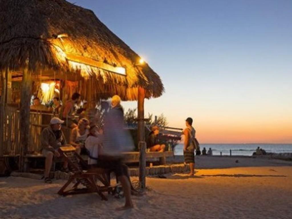 Soñaste Con Abrir Un Bar En La Playa Este Estudio Lo