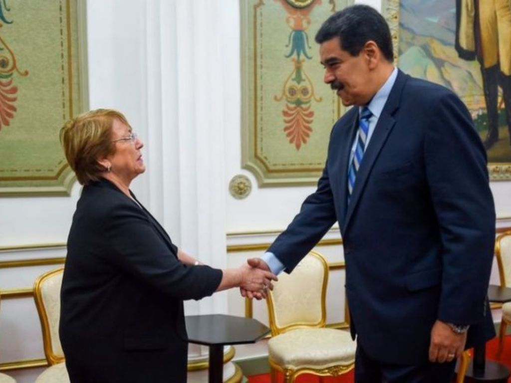 https://elsol-compress-release.s3-accelerate.amazonaws.com/images/large/1561246523457maduro%20-bachelet.jpg