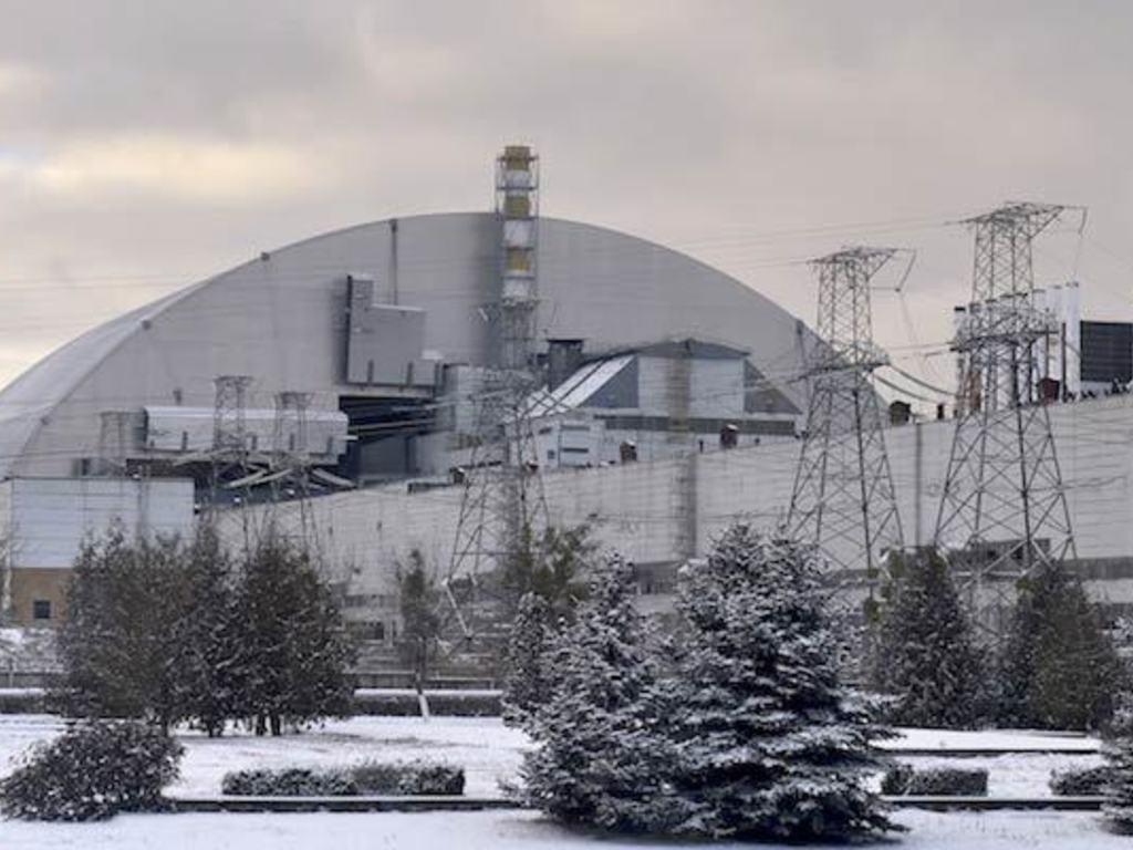 https://elsol-compress-release.s3-accelerate.amazonaws.com/images/large/1561669421109sarcofago-chernobyl-1.jpg