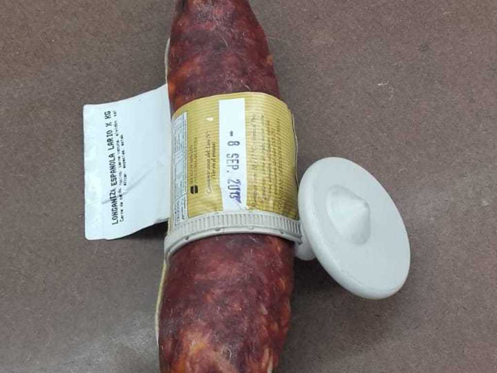 https://elsol-compress-release.s3-accelerate.amazonaws.com/images/large/1565175057109Salame-alarma.jpg