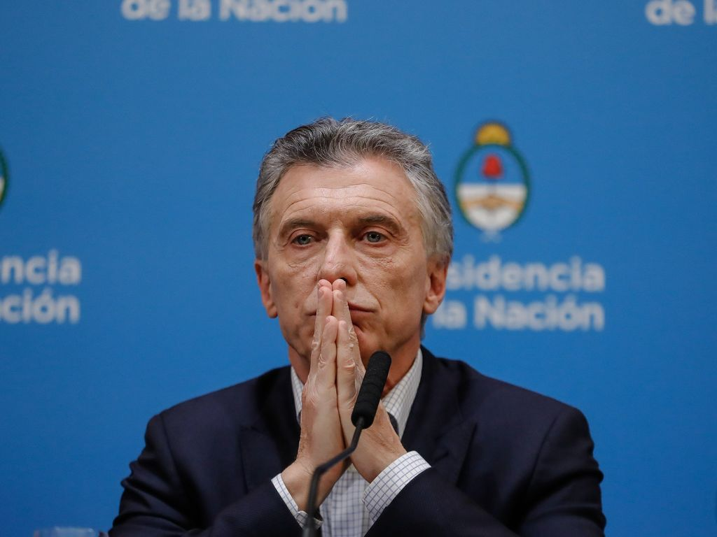 https://elsol-compress-release.s3-accelerate.amazonaws.com/images/large/1565694563787Macri%202.jpg