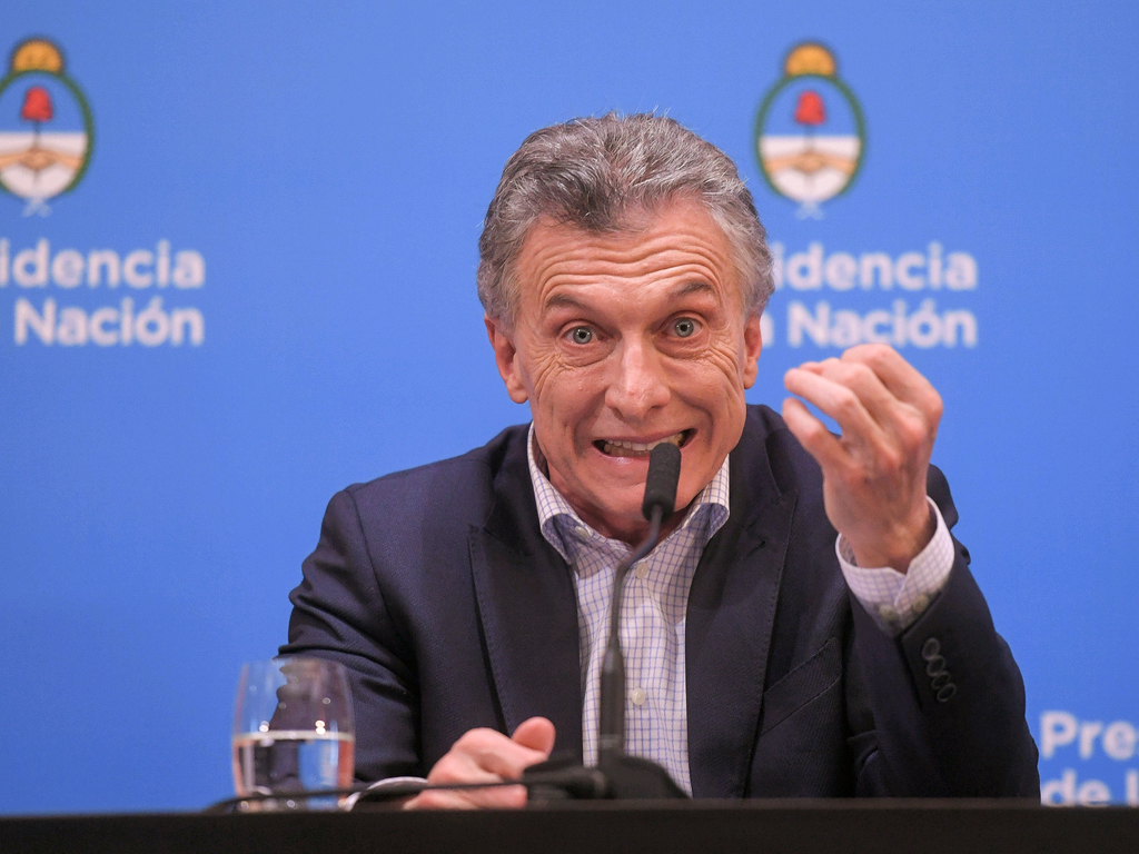 https://elsol-compress-release.s3-accelerate.amazonaws.com/images/large/156572676200413-08-2019_buenos_aires_mauricio_macri_y%20(1).jpg