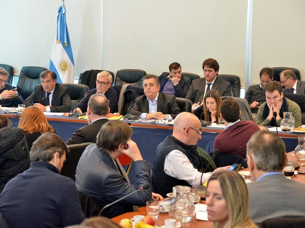 https://elsol-compress-release.s3-accelerate.amazonaws.com/images/large/1568222385955Inberbloque%20Cambiemos%20Diputados.jpg