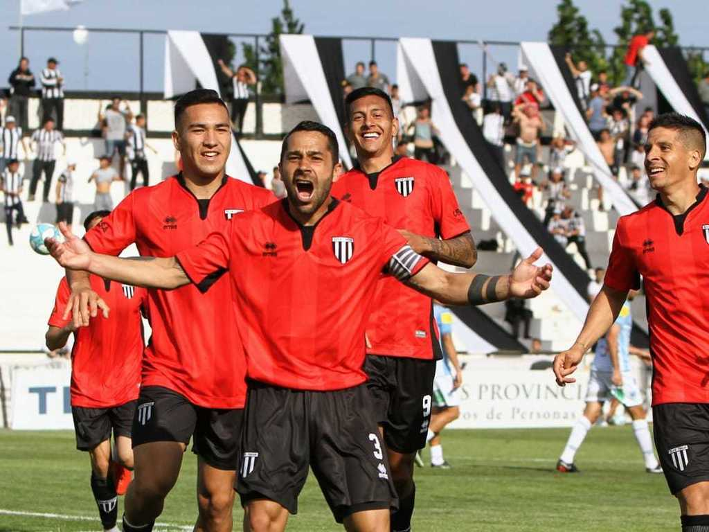Gimnasia Mendoza 2 Gimnasia Jujuy 0 - Primera Nacional 2019/20 (Fecha 9) - Vídeo 1571000143265Gimnasia