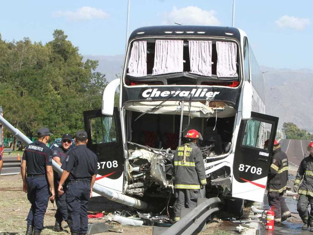 https://elsol-compress-release.s3-accelerate.amazonaws.com/images/large/1575291921558chevallier%20accidente.jpg