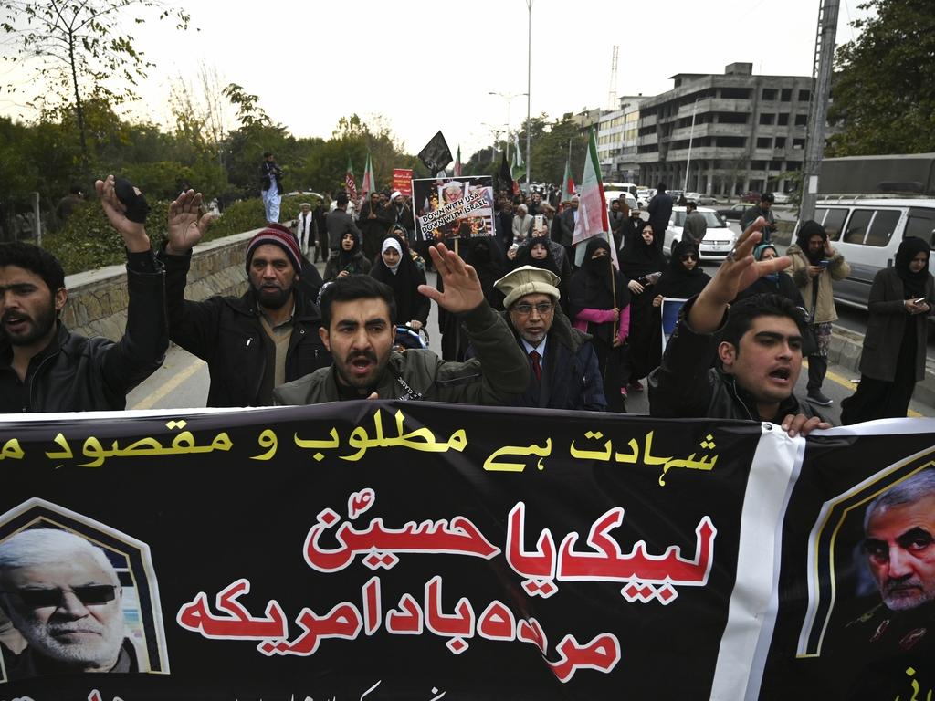 https://elsol-compress-release.s3-accelerate.amazonaws.com/images/large/157821798374305-01-2020_bagdad_irak_los_manifestantes_gritan.jpg