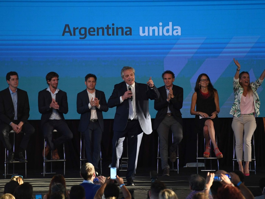 https://elsol-compress-release.s3-accelerate.amazonaws.com/images/large/157861265439809-01-2020_buenos_aires_el_presidente_alberto.jpg