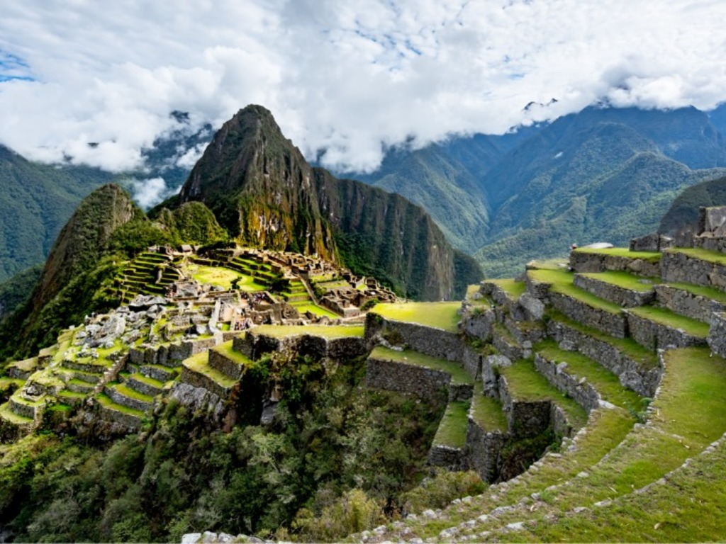 https://elsol-compress-release.s3-accelerate.amazonaws.com/images/large/1579016841607Machu%20Picchu.jpg