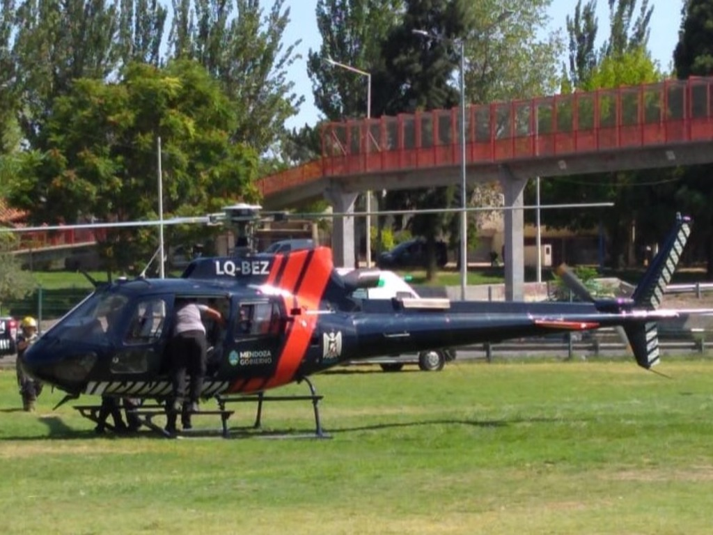 https://elsol-compress-release.s3-accelerate.amazonaws.com/images/large/1580501006976helicoptero%20sanitario.jpg