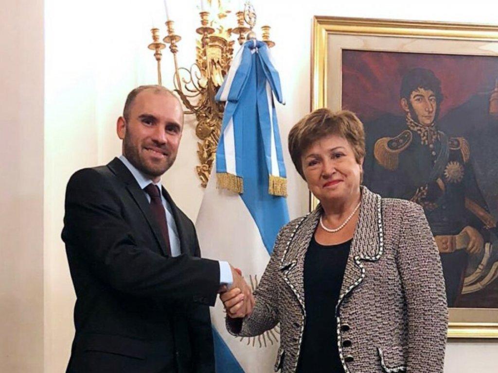 La Argentina y el FMI apuntan a mayo para alcanzar un nuevo acuerdo de deuda