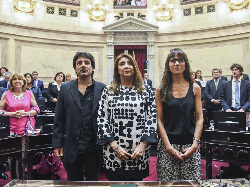 https://elsol-compress-release.s3-accelerate.amazonaws.com/images/large/158293157668428-02-2020_buenos_aires_marisa_graham_c.jpg