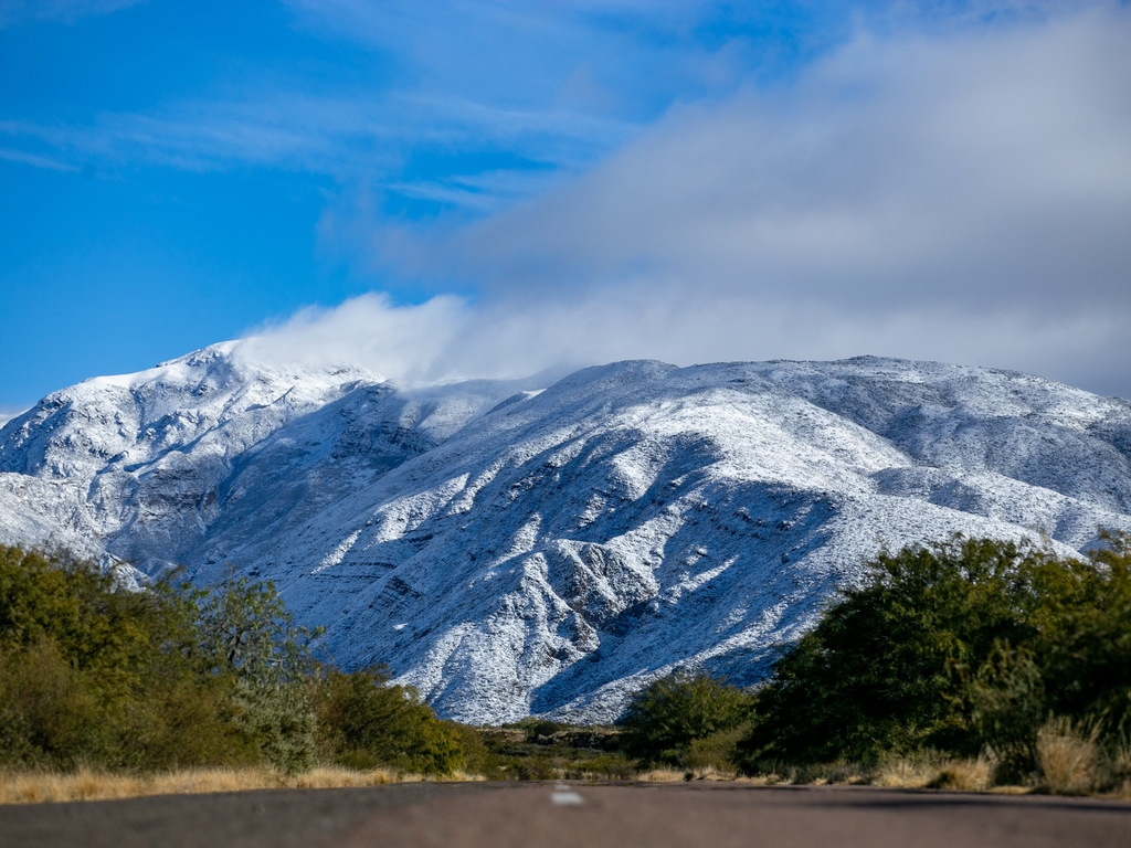 https://elsol-compress-release.s3-accelerate.amazonaws.com/images/large/1593965305083Nevada%20julio%20-%20nieve%20(9).jpg