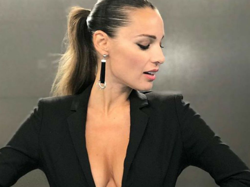 https://elsol-compress-release.s3-accelerate.amazonaws.com/images/large/1595504045177pampita.jpg