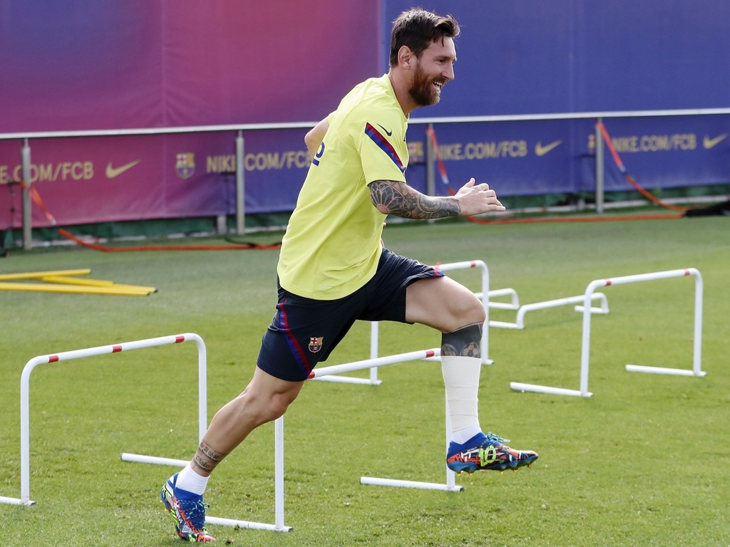 https://elsol-compress-release.s3-accelerate.amazonaws.com/images/large/1597228747746Messi.jpg