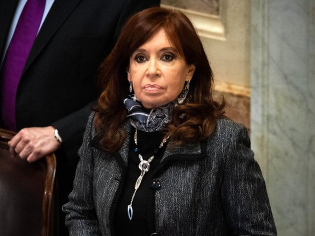 https://elsol-compress-release.s3-accelerate.amazonaws.com/images/large/1607555744306Cristina%20Kirchner.jpg