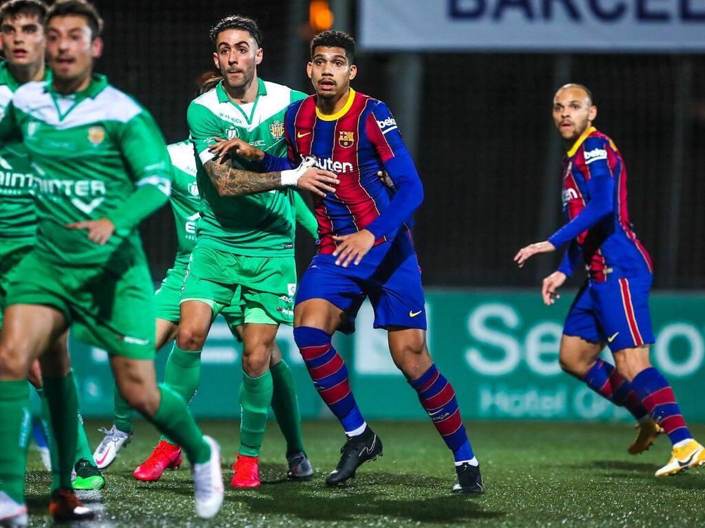 Barcelona, sin Messi suspendido, venció en suplementario a Cornellá y paso  a los octavos - Diario El Sol. Mendoza, Argentina.