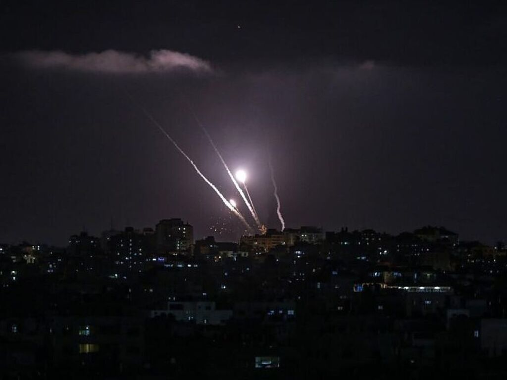 https://elsol-compress-release.s3-accelerate.amazonaws.com/images/large/1620990352368Israel%20-%20Bombardeos.jpg