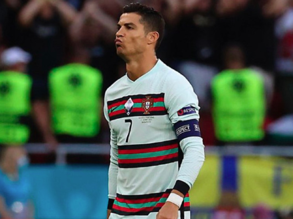 https://elsol-compress-release.s3-accelerate.amazonaws.com/images/large/1623788661416CristianoRonaldo.jpg