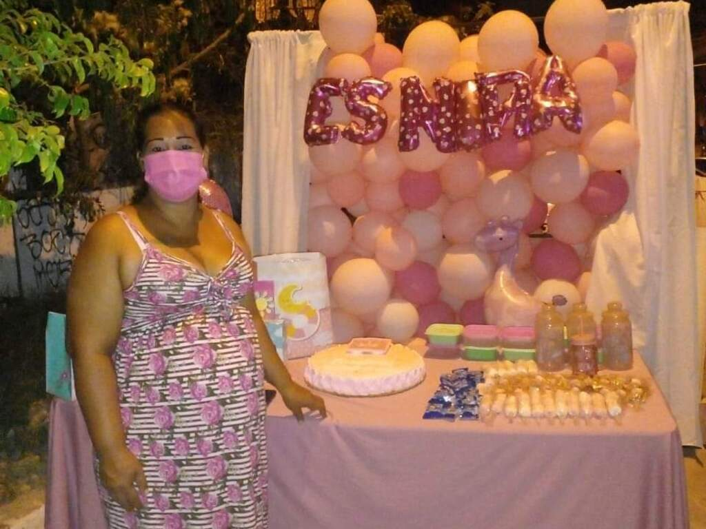 https://elsol-compress-release.s3-accelerate.amazonaws.com/images/large/1627476096489Baby%20Shower%20-%20pandemia.jpg