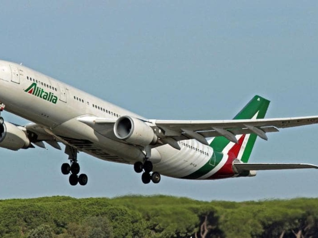 https://elsol-compress-release.s3-accelerate.amazonaws.com/images/large/1631876985216Alitalia%20P.jpg