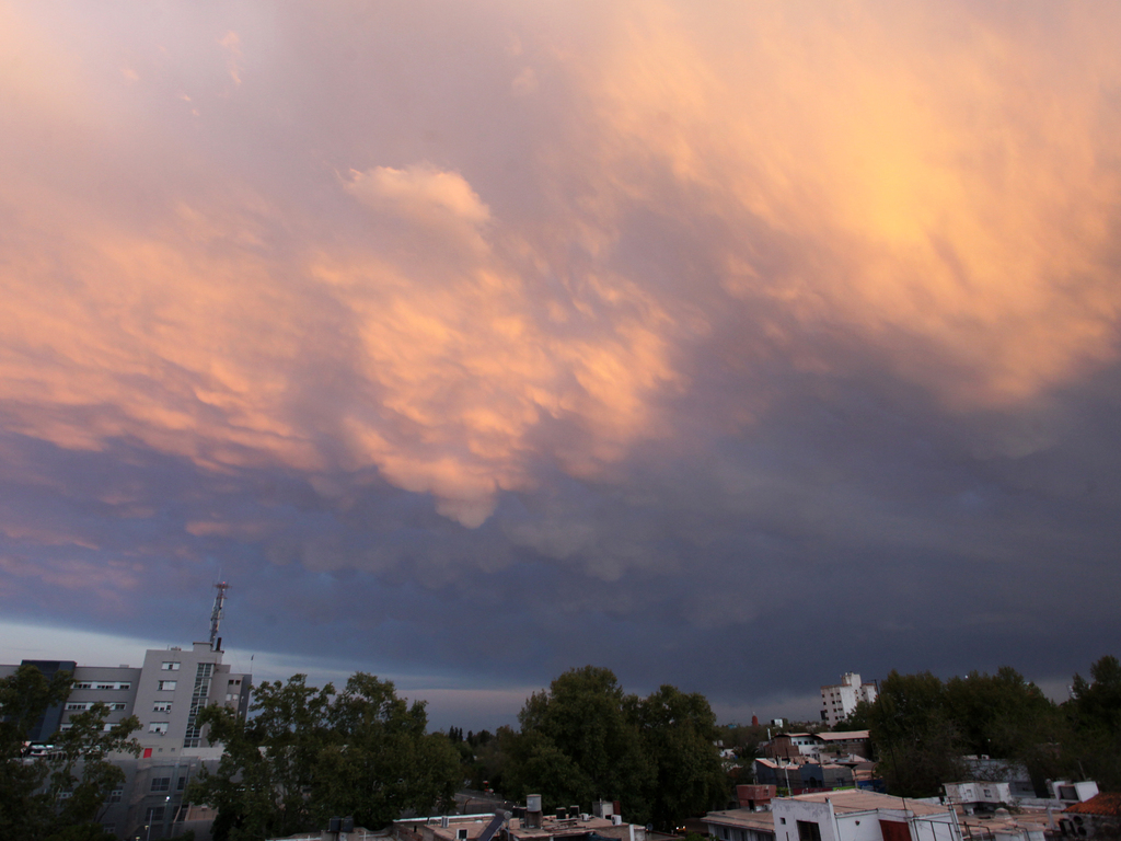 https://elsol-compress-release.s3-accelerate.amazonaws.com/images/large/1632352485200cielo%2C%20tormenta%20(3).jpg