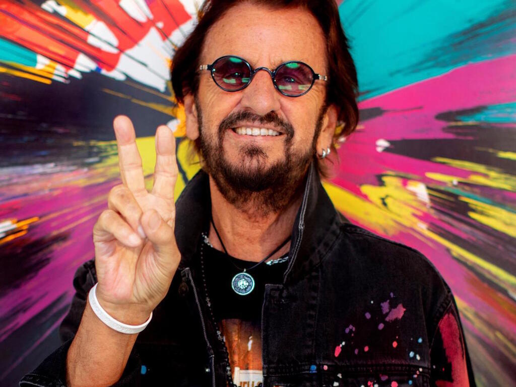 https://elsol-compress-release.s3-accelerate.amazonaws.com/images/large/1632661521402Ringo%20Starr.jpg